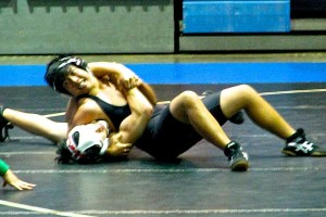Wrestlers begin season