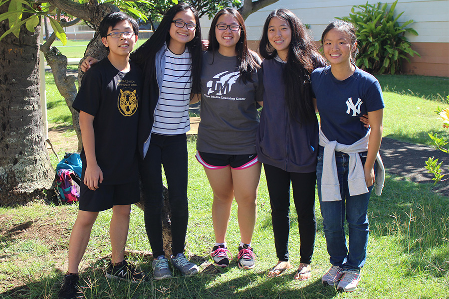 Kenny+Thai%2C+Shani+Huang%2C+Melanie+Lau%2C+Mikaela+Rivera+and+Britney+Chang+%28left+to+right%29+will+be+the+2017-2018+student+body+government.